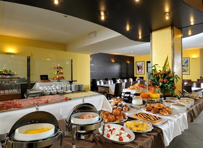 Hotel Bologna Fiera Il Men 249 Buffet Breakfast Best